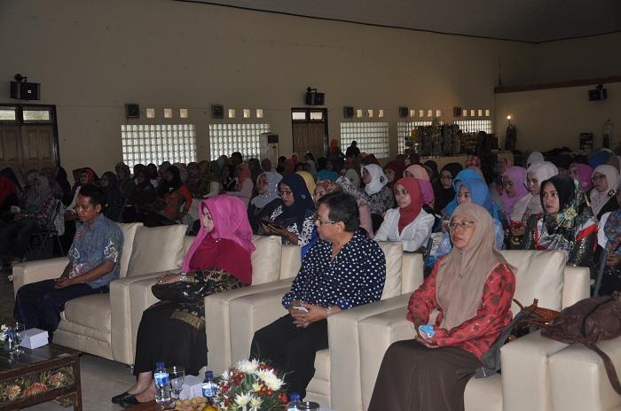 Pertahankan Budaya Leluhur, HARPI Gelar Seminar Tata Rias Pengantin Pesisiran