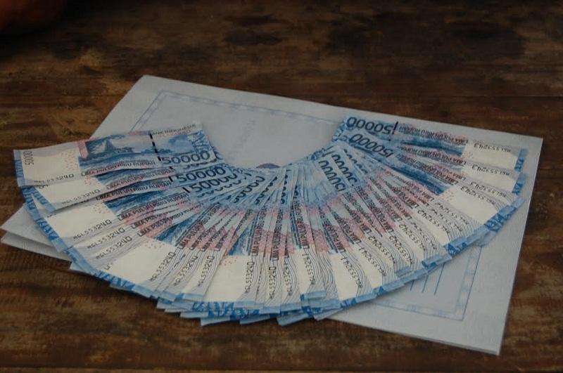 Dibayar Uang Palsu, PSK Calam Lapor Polisi