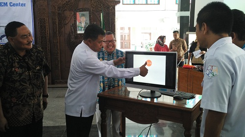 Pemalang Launching Aplikasi SIDEKEM ( Sistem Informasi Desa dan Kawasan Pemalang )