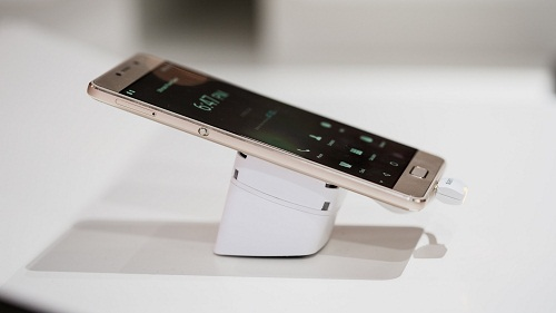 Samrtphone Lenovo seri P2 Baterai Tahan Sampai Tiga Hari