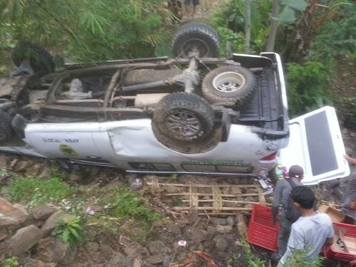 Mobil Puskesmas Watukumpul Masuk Kedalam Jurang Sedalam 3 Meter