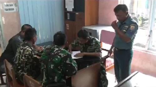 Oknum Marinir, TNI AL Pukul Pemuda Desa : 1 Orang Luka Parah
