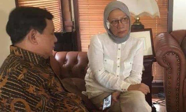 Prabowo Bersama Ratna Sarumpaet