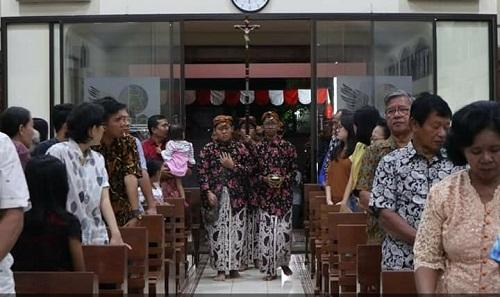 Peringati 1 Sura, Gereja Katolik Santo Lukas Pemalang Gelar Misa 1 Muharam