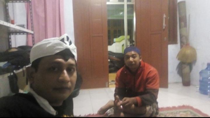 Mas Priyono bersama Ustad Saparudin
