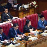 Anggota DPR RI dan Keluarga Akan Jalani Tes Virus Corona Jadi Trending Topik, Netter Anggap Wakil Rakyat Tak Peka