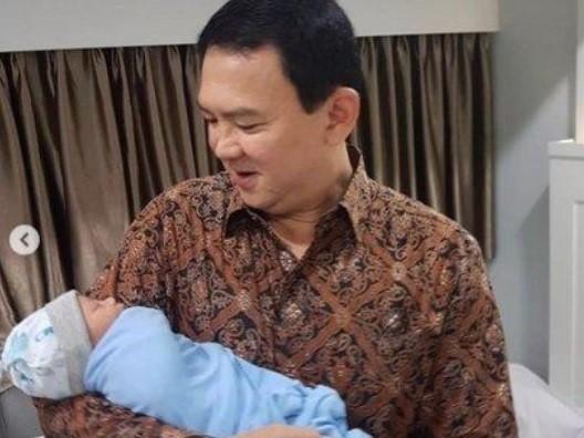 Punya Bayi Di Usia 53 Tahun, Ditanya Luna Maya Soal Rasanya Punya Bayi Lagi, Ini Jawaban Ahok.