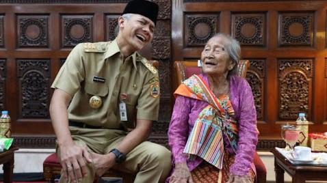 Ganjar Pranowo Jadikan Jawa Tengah Raih Predikat Provinsi Terbaik 2020