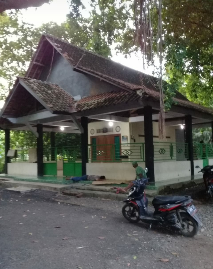"""Makam Keramat Desa Kaso dan Legenda """"Mbah Kramat Jati"""", Pemalang"""