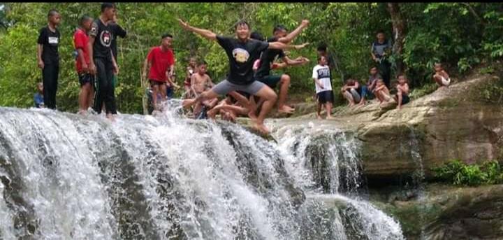 Curup Way Kawat Keajaiban dari Kampung Gunung Sangkaran