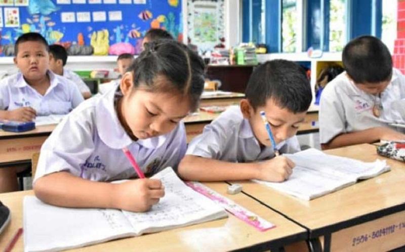 TA Baru Pertengahan Juli : Kemendikbud Tegaskan Pembelajaran Jarak Jauh Menjadi Pilihan Utama