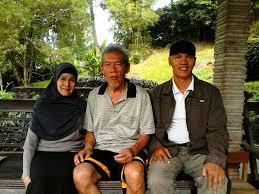 Gatot Prabowo (bertopi) dengan Almarhum Arif Budiman. Arif mendukung Jokowi. 2014.